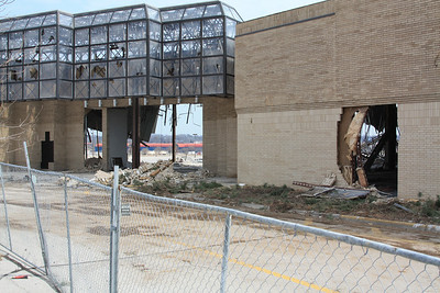 Bannister Mall comes tumbling down